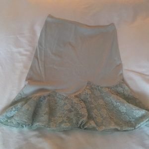 Laros Intimates & Sleepwear - Vintage 1950's Nylon lace trimmed half slip